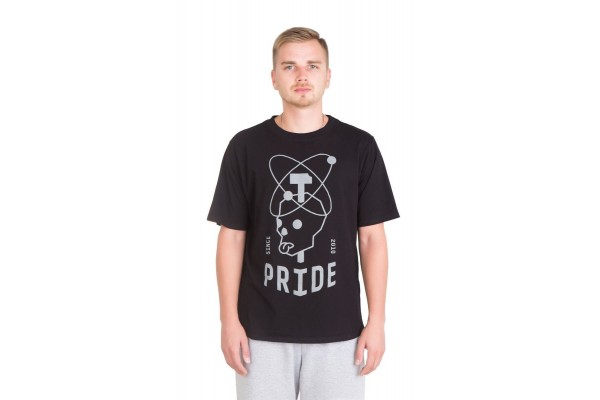 Футболка Pride ЧЕРЕП черная